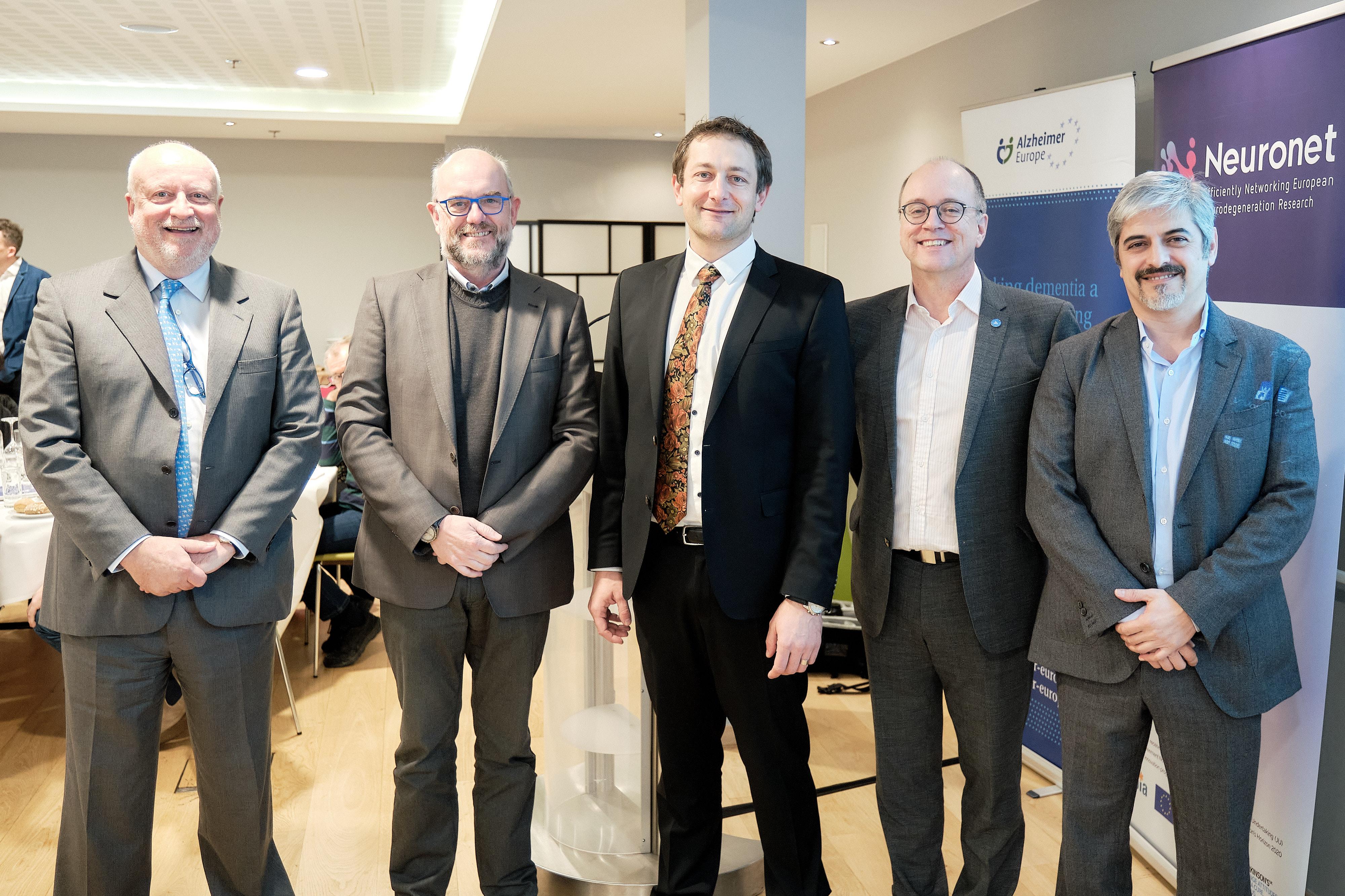 The IMI Advancing Alzheimer's research through public-private partnerships, Pierre Meulien, Bart Vannieuwenhuyse, Christophe Hansen, Jean Georges, Carlos Diaz